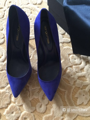 замшевые туфли с заостренным носком от Sergio Rossi, 39 размер