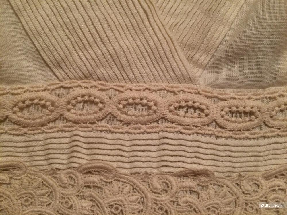 Кремовое платье от Massimo Dutti