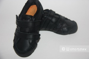 Кроссовки черного цвета размер 23 Lonsdale
