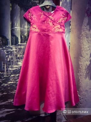 Красивое платье для принцессы. Румыния. 116 рост