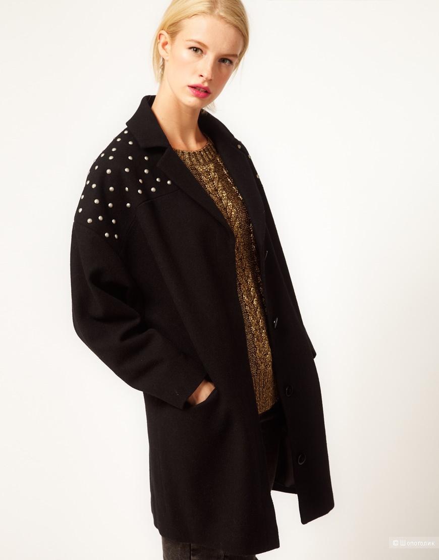 Cтильное пальто кокон с заклепками на плечах Asos