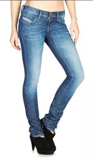 Голубые джинсы Diesel  (оригинал) 24 размера, в отличном состоянии, модель Livy — скинни с невысокой посадкой.