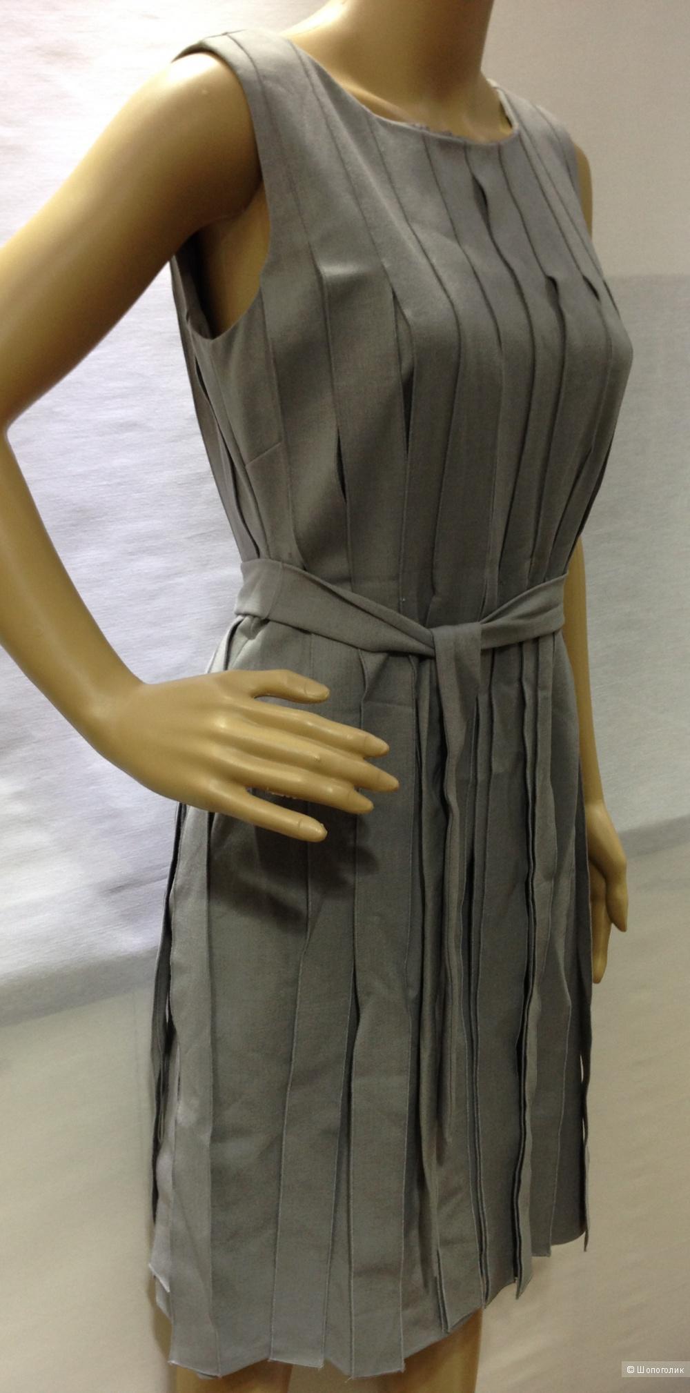 Офисное строгое платье от  Calvin Klein р.44