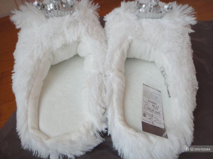 Белые и пушистые тапочки Etam 36-37 разм.