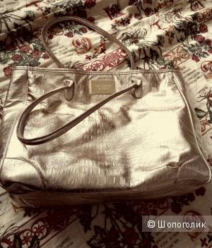 Золотистая сумка Victoria Secret