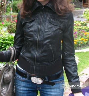Bershka  44 кожаная куртка