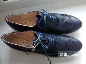Новые кожаные оксфорды SPAZIOMODA размер 39-40, темно-синие