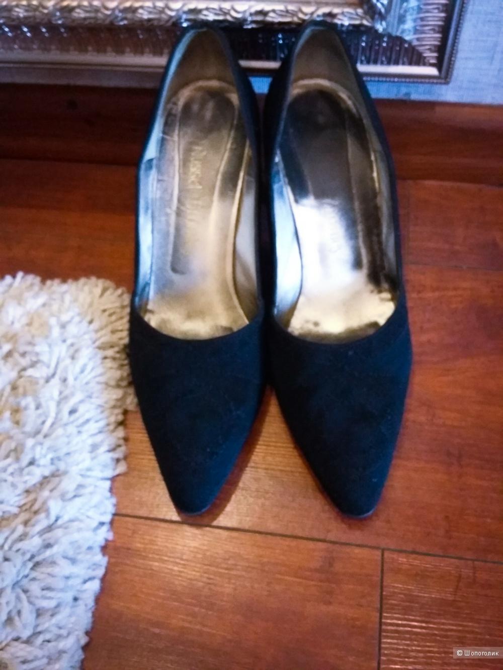 "Красивые туфли ""Russell & Bromley"" премиум класса.39-40р."