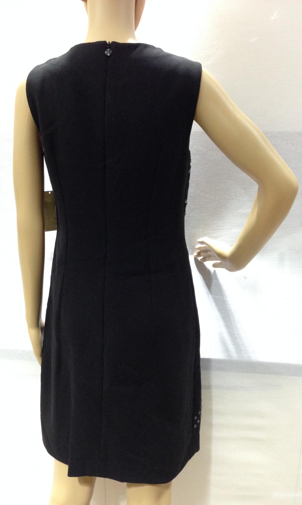 Офисное строгое платье от Michael Kors р.44 с заклепками как у VALENTINO