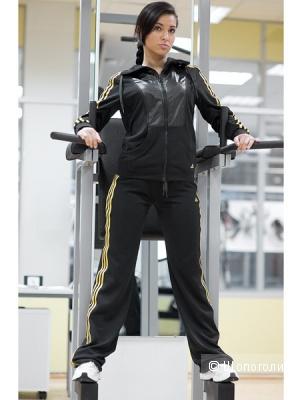 Спортивный костюм Adidas для спорта и красоты