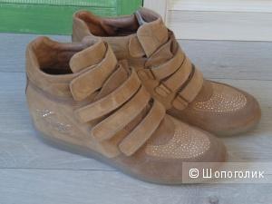 Новые кожаные высокие кеды (сникерсы) ALVIERO MARTINI 1a CLASSE, Италия, 40 размер