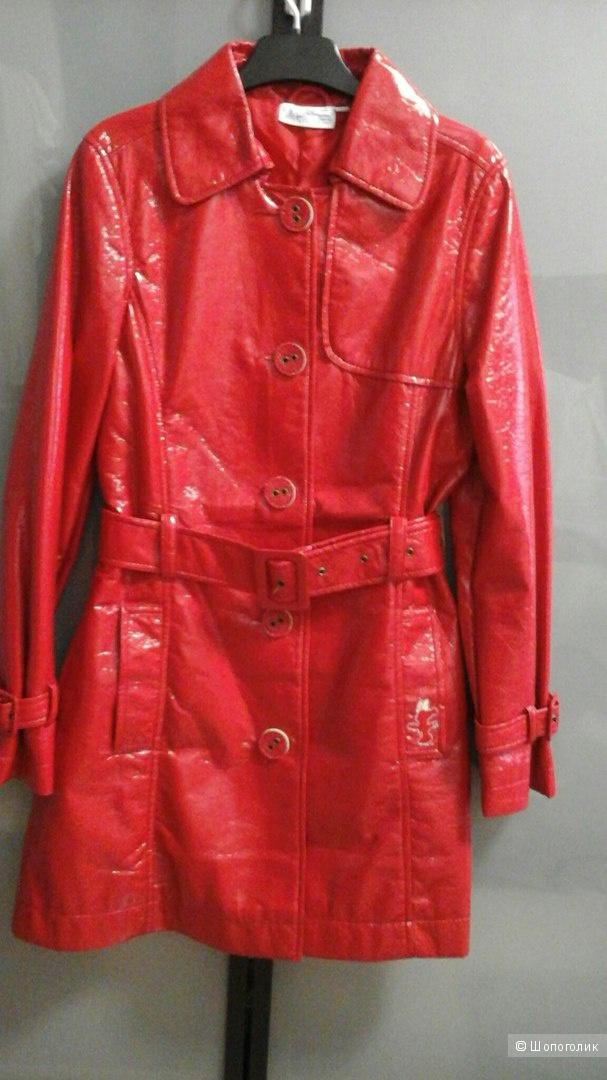 Плащ-пальто из Диснейленда