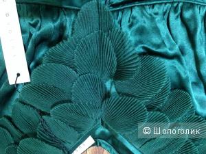 Шикарное платье с гофрированными лепестками из органзы от Susana Monaco р.44