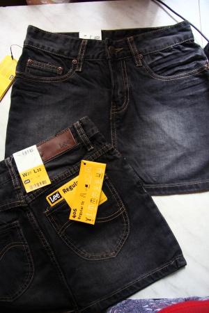 Джинсовые юбочки фирмы LEE   26 и 27-го размера