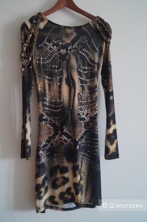 Продаю платье Waggon, маркировка производителя 40/L, анималистический принт в цвете хаки, б/у