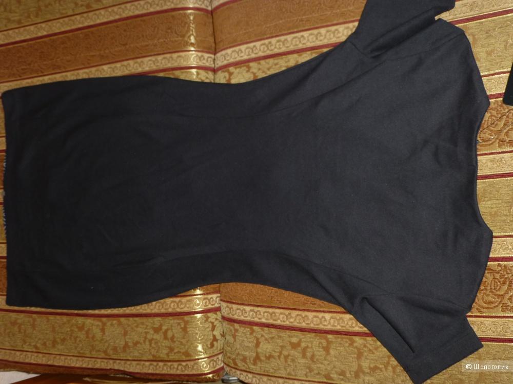 Новое облегающее  платье р 44