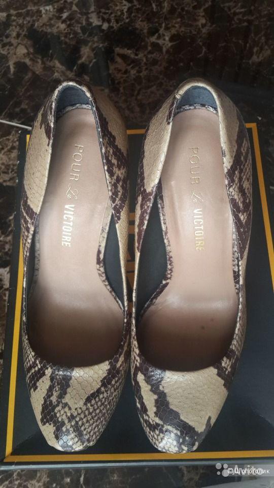 Новые туфли дорогого бренда Pour la Victoire 37 размер
