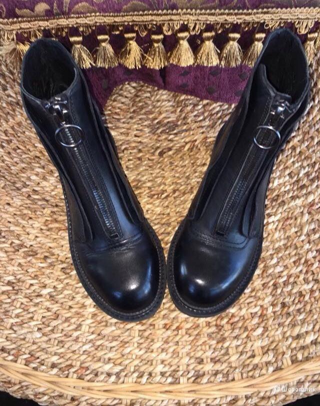 Ботинки ASh новые, размер 36