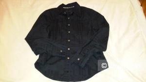 Рубашка Burberry размер М, но лучше на S б/у активно, скорее всего копия