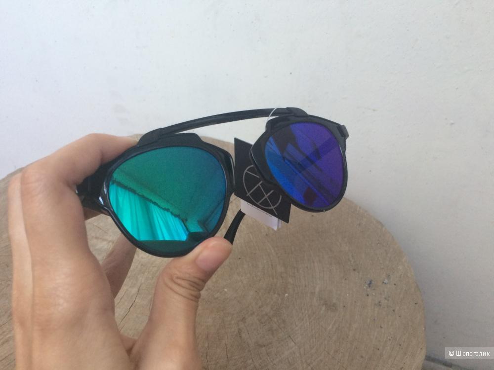 Пристрою новые солнцезащитные очки