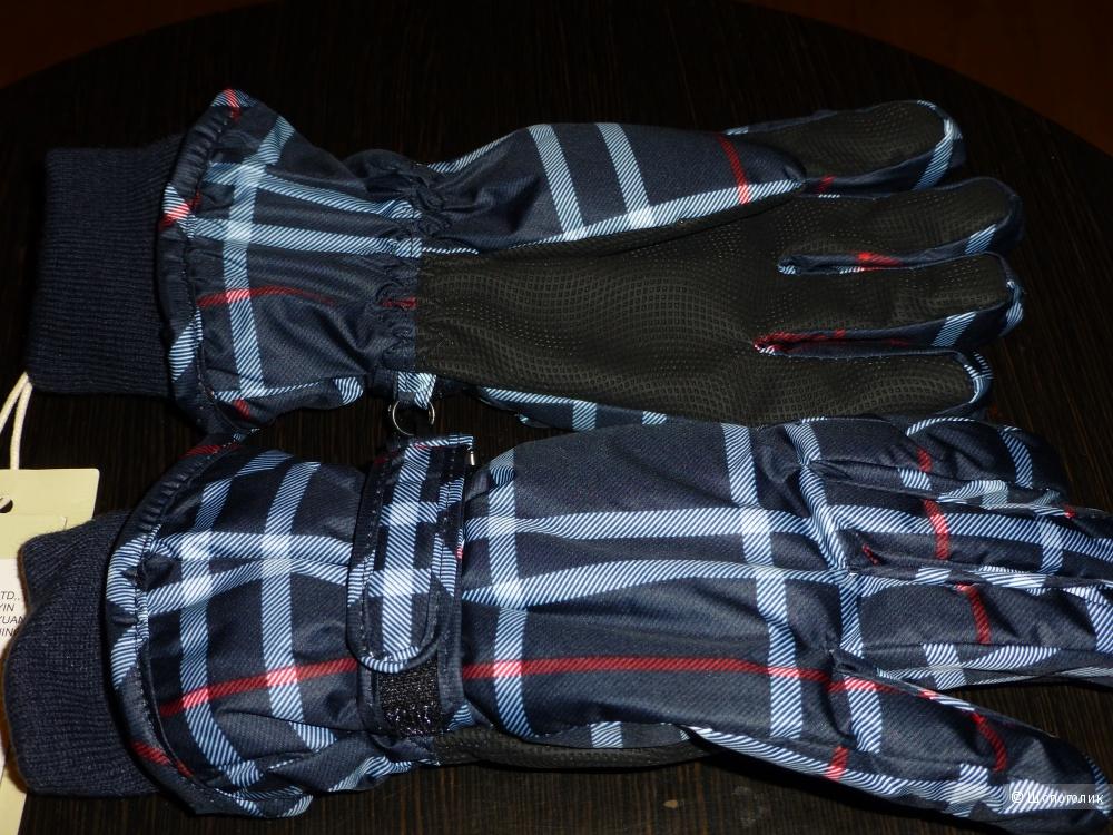 Новые перчатки для мальчика Гулливер