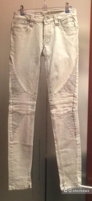 Новые джинсы. Италия