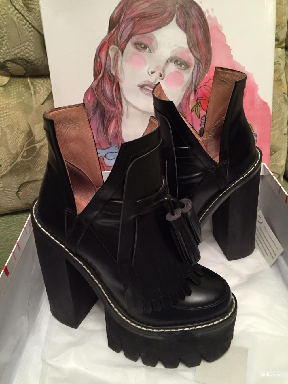 Ботинки Jeffrey Campbell O-Quinn размер US 7