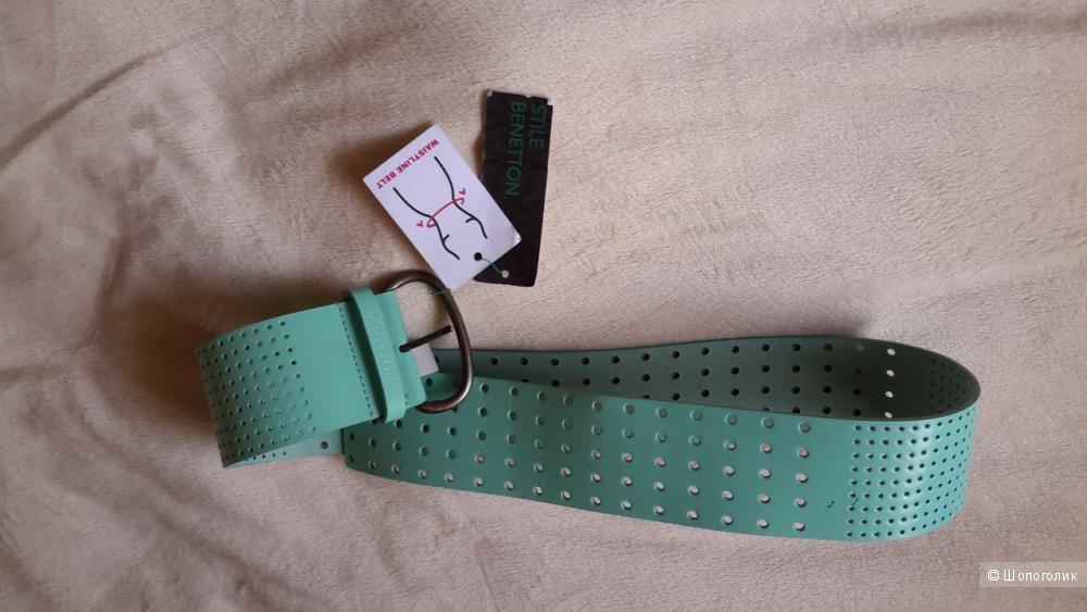 Ремень на талию Benetton размер М кожа, новый, цвет зеленый