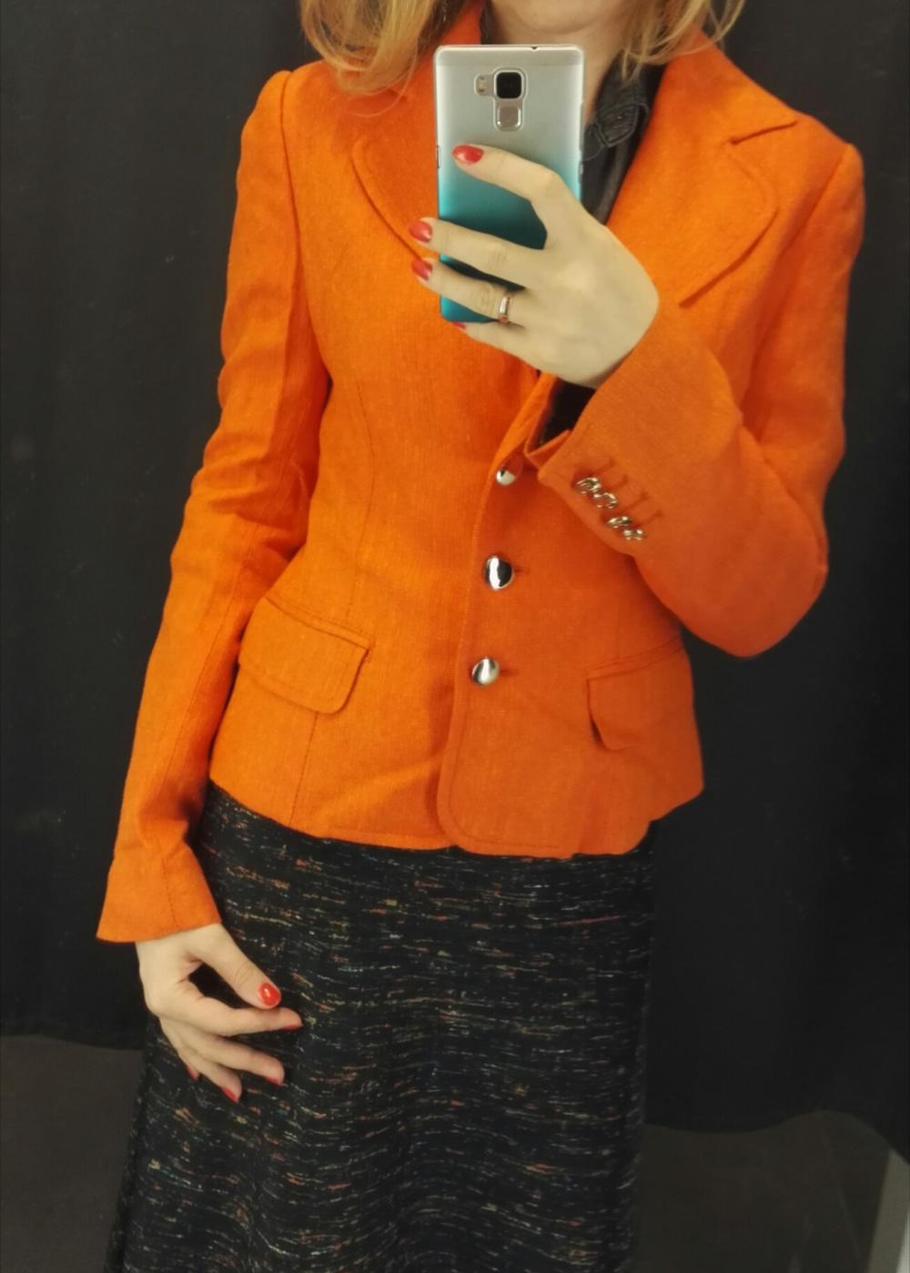 Апельсиновый жакет Dolce&Gabbana 40 ит