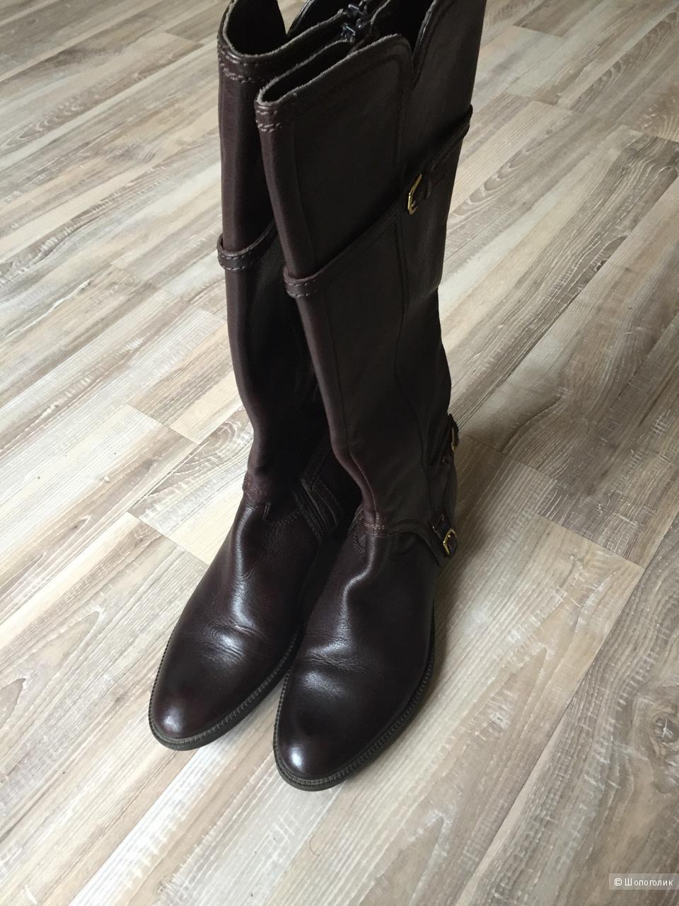 Темно-коричневые сапоги из натуральной кожи Geox (39 размер)