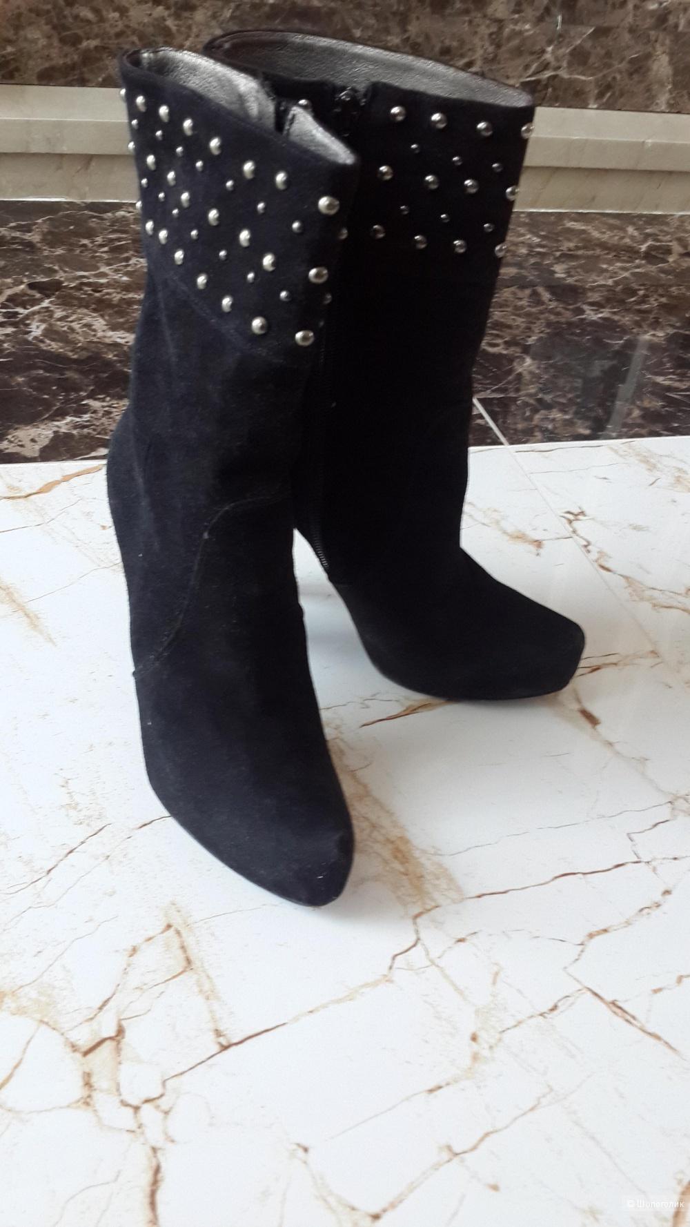 Кожаные классные с заклепками замшевые ботинки Matilda Италия