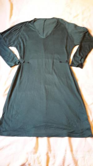 Платье Calzedonia новое размер S зеленое