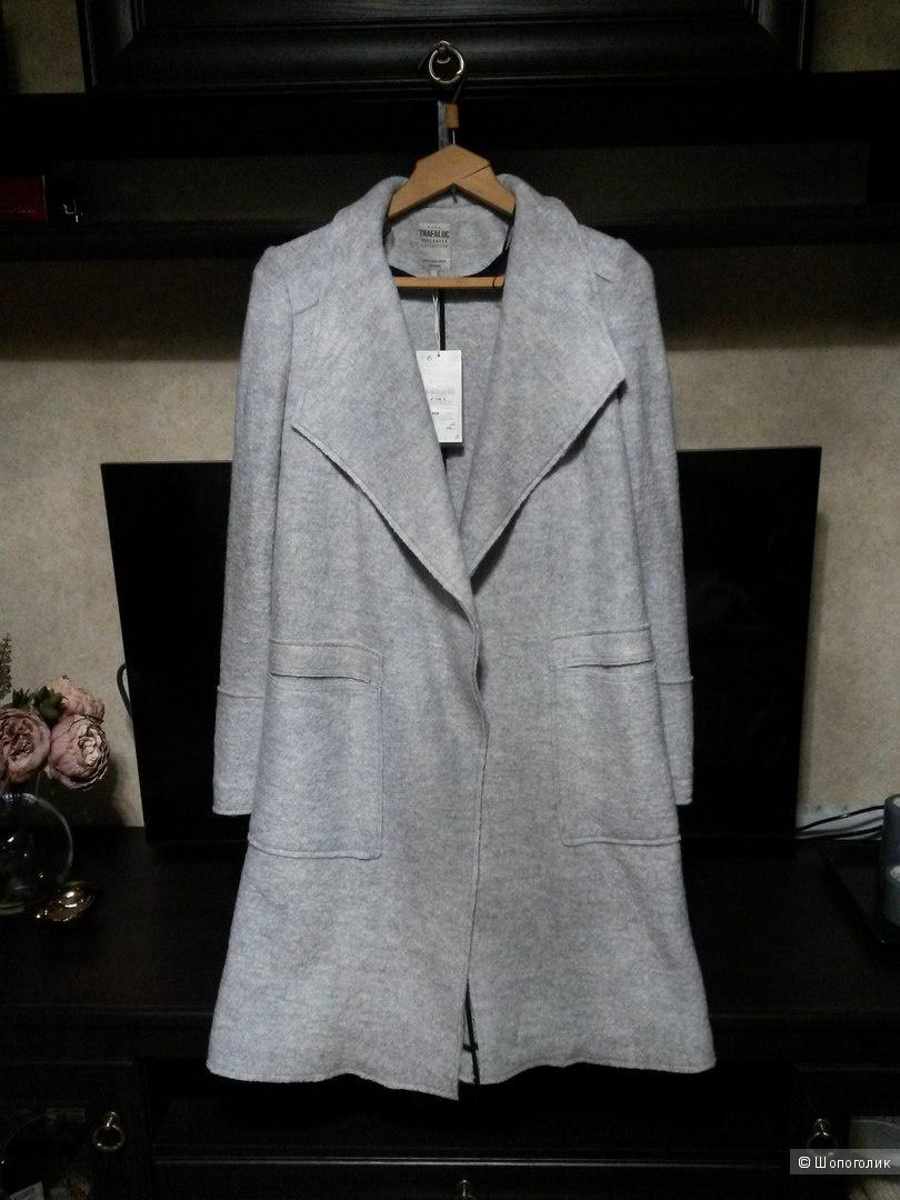 Уютное суконное пальто Zara
