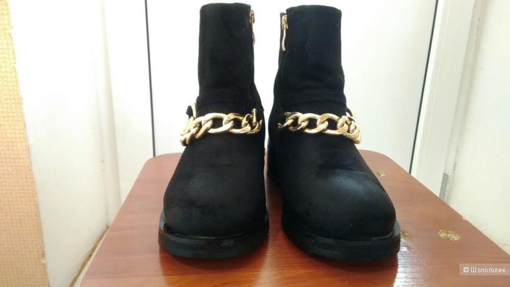 Зимние ботинки,под givenchy.35.5 размер