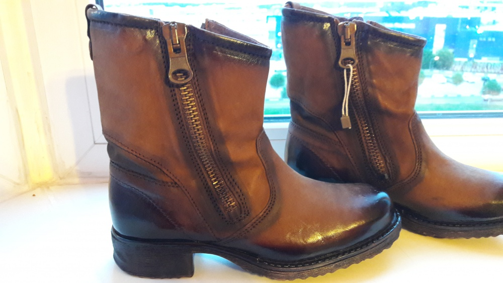 Ботинки  Cafenoir 36 размер