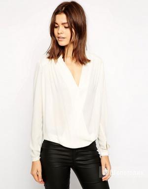 Стильная блузка с запAхом TFNC