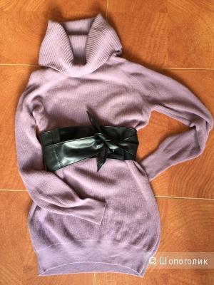 Шерстяное свитер-платье Benetton XS