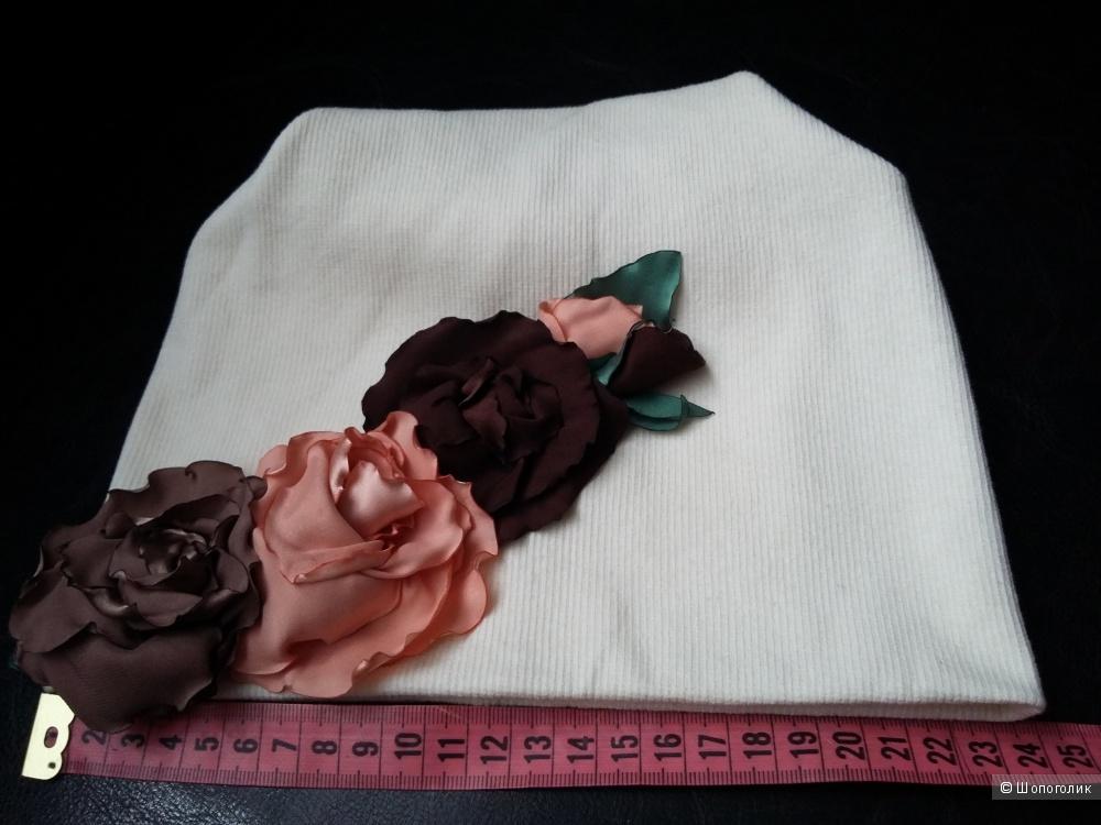 Красивая шапочка для девочек и девушек. Италия.