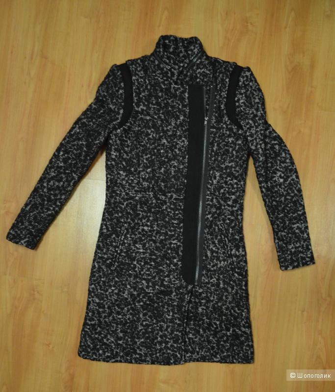 Продам новое пальто Y.A.S