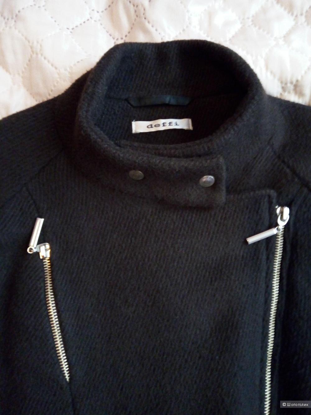 Пальто от дизайнера Ольги Деффи, 44 размер