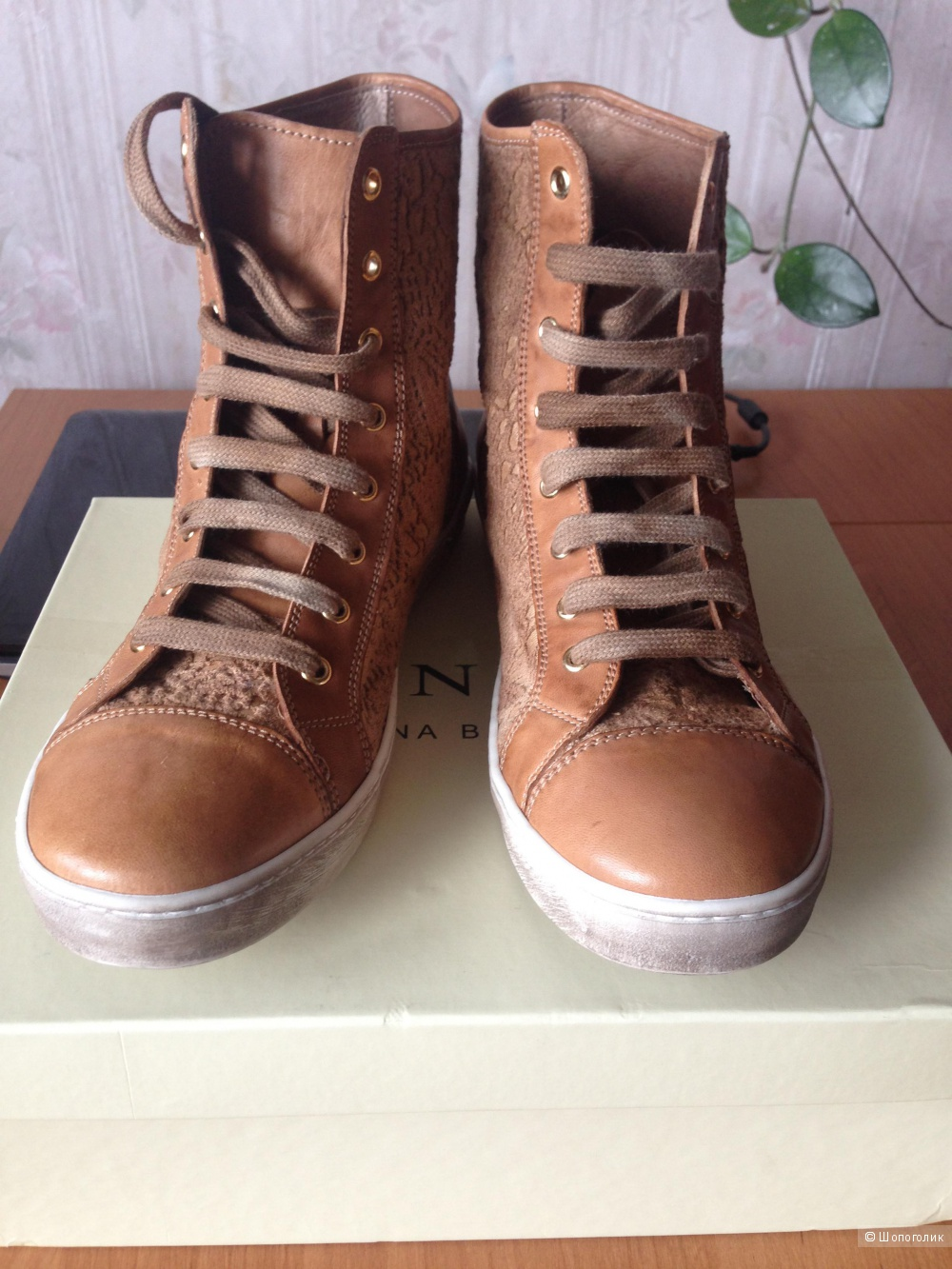 Новые высокие кеды на шнуровке TWIN-SET SIMONA BARBIERI, размер 40