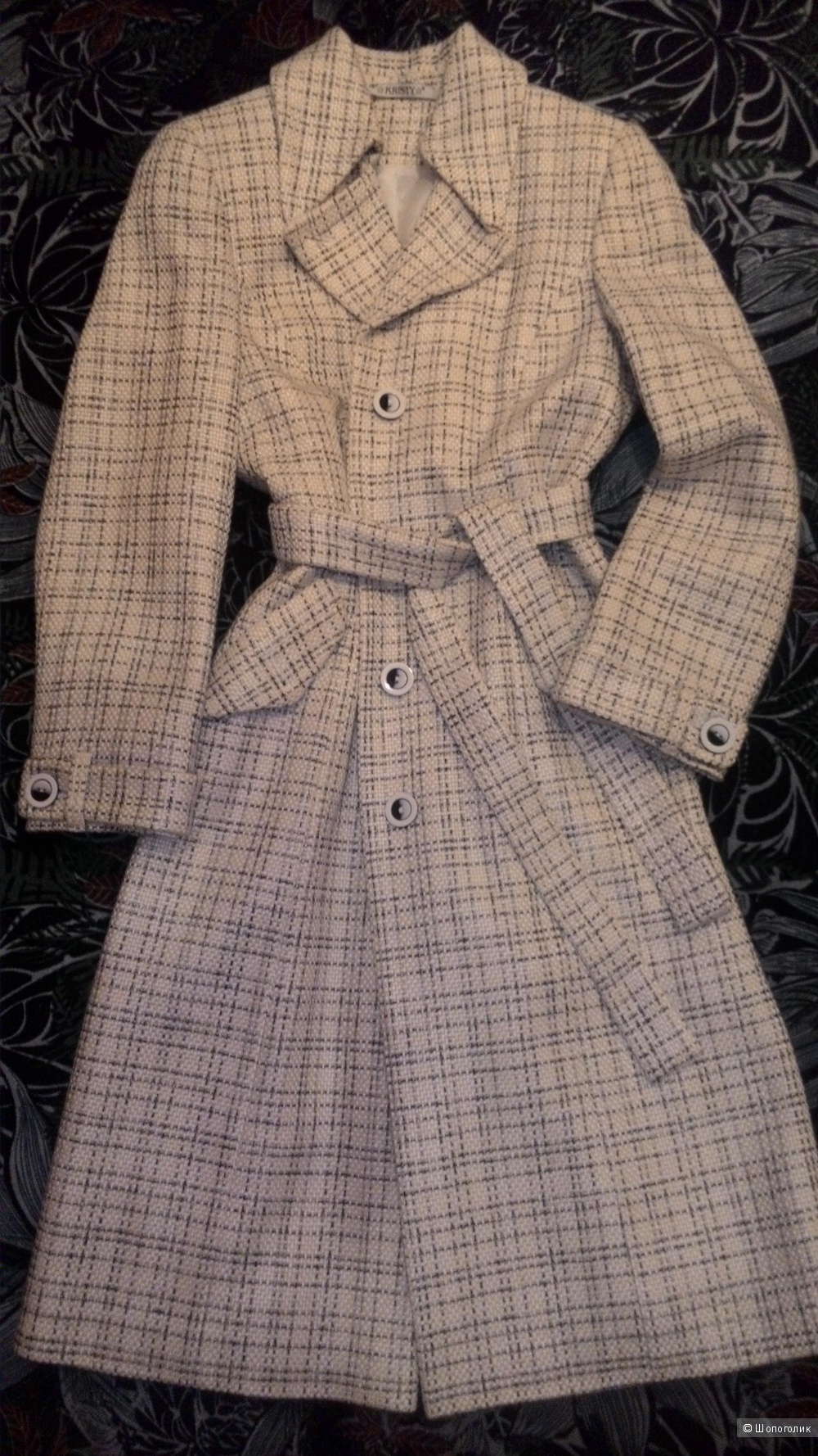 Пальто новое на шёлковом подкладе Kristy 46 р.