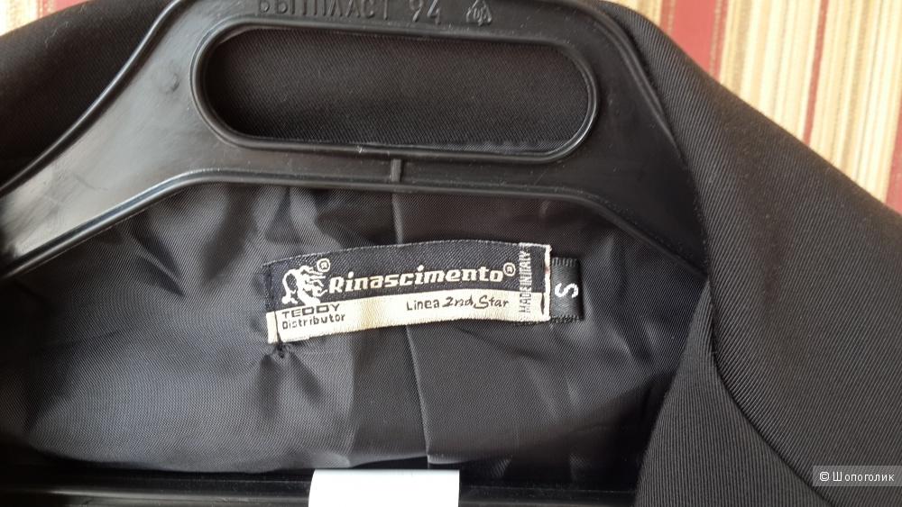 Новый жакет Rinascimento Италия размер С