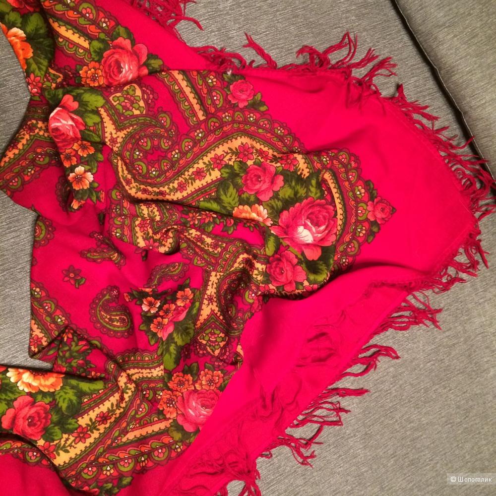 Пристрою новый павло-посадский шерстяной платок
