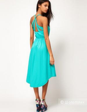 Платье ASOS с очень красивой спинкой!