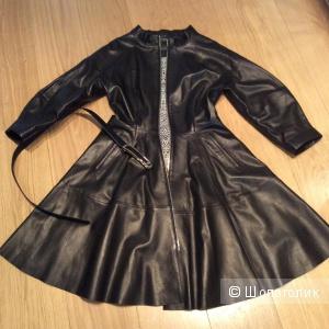 Кожаный плащ -платье р.46