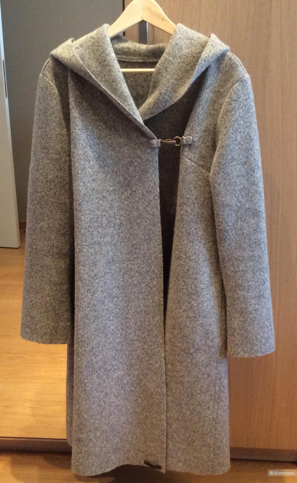 Красивое пальто 100% шерсть с капюшоном р.46-48
