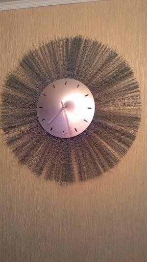 Часы настенные в стиле хайтек