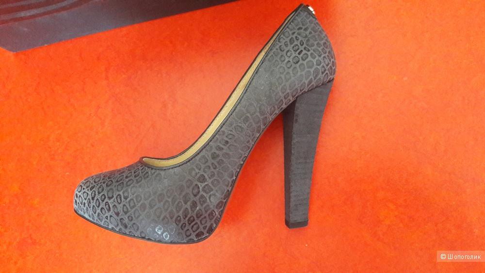 Туфли Just Cavalli 36 размер, кожа, новые