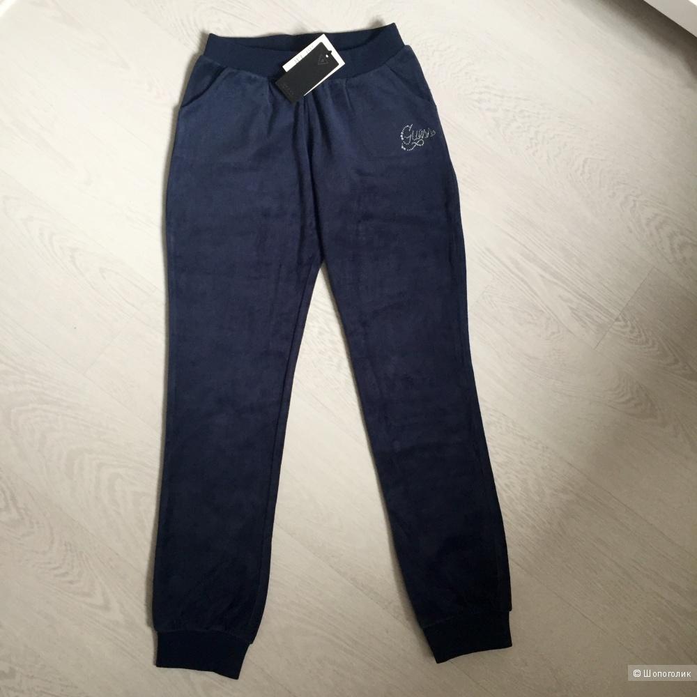Новые велюровые брюки Guess